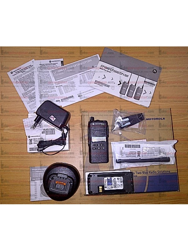 HT Motorola CP1300 VHF